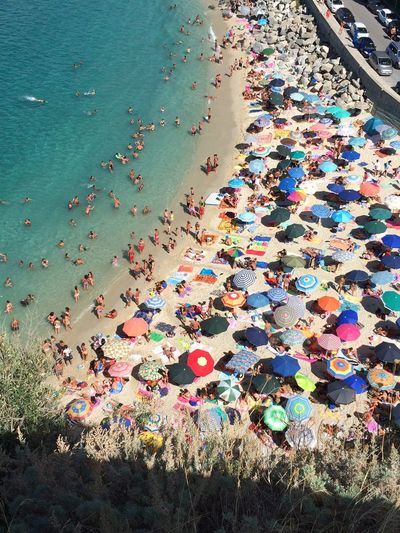 Estate2015 Tropea Beach Ombrelloni Colors Sun Beachphotography Italy Sabbia Mare ❤ Mare Verde Sole Panorama Relaxing Taking Photos Vacanzeestive Photography