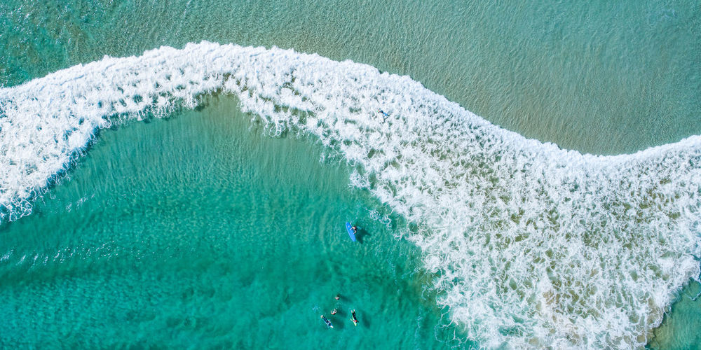 F R O T H Y S H A K E P A N O Available as Fine Art Print on www.kess.gallery Aerial shot taken over a section of Boat Harbour #cronulla #theshire #sutherlandshire #beachphotography #beachwallart #waves #drone #drones #droneoftheday #droneporn #droneglobe Cronulla Theshire Sutherlandshire Beachphotography Beachwallart Waves Drones Droneoftheday Droneporn Droneglobe Aerial Bondi EyeEm Selects Sydney Australia Water Aerial View Sea High Angle View Beach Wave Drone  Media Equipment Wake - Water Wake