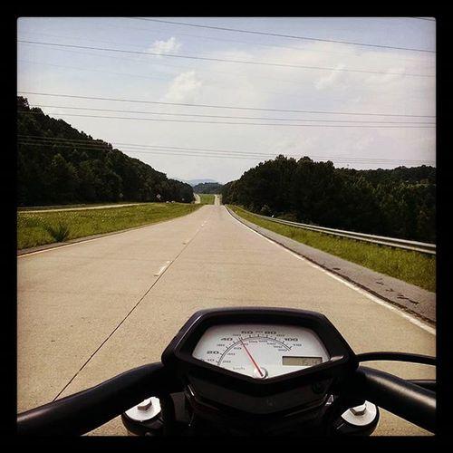 Riding north. Georgia Twowheelsmovethesoul Honda Hondafury