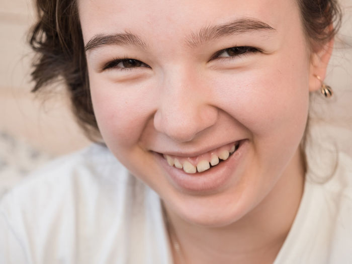 Teen Teenager Girl Headshot Portrait One Person Close-up Real People Lifestyles Child Human Face Innocence Women