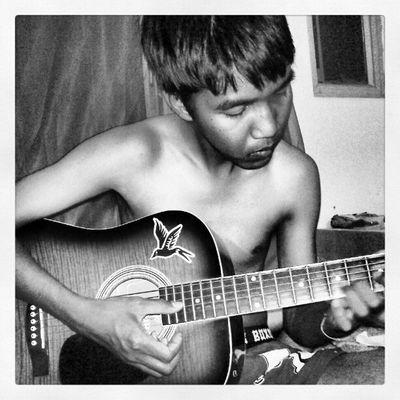 ก่อนนอนขอสักเพลง
