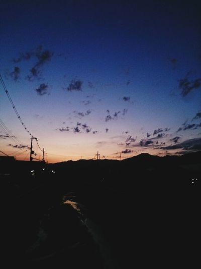 朝焼け #イマソラ #sky #cloud #blue #orenge #ハート雲 朝の4時半。加工なし