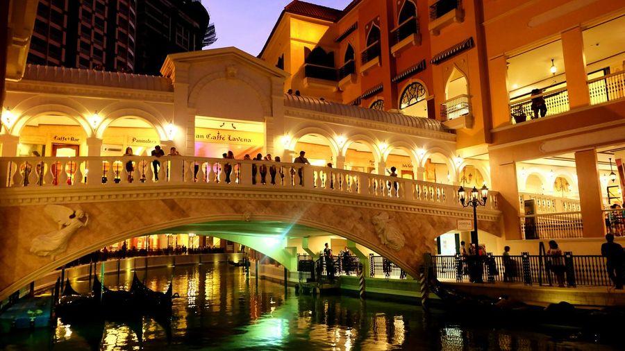 43 Golden Moments Venice Piazza Taguig Philippines BGC Taguig Fujifilm Fujifilm X-m1