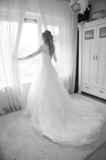 Bride awaiting her broom Awaiting Bride Brides Dress Full Frame Indoors  Looking Marriage  Staring Wedding Wedding Photography Weddingdress Window