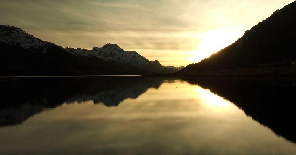 Sea of Tranquility Tranquility PreciousMoments Graubünden Landscape SegantiniTrail Silvaplana Engadin Sunset Reflections Idyllic Lake Magicoflight Symmetry Tranquil Scene Water Surlej Olympus OM-D EM-1 Breathing Space