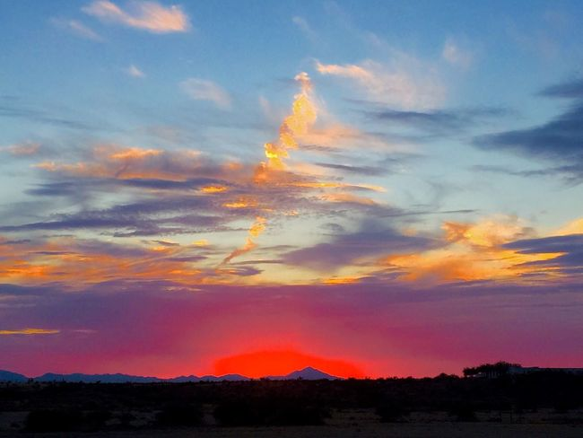 Sunset in Safford, Arizona tonight. Arizona Sky Nature Clouds And Sky Nature Photography Colors Light Skies Beauty Beauty In Nature Outdoor Photography Landscape_photography Safford Clouds Arizona
