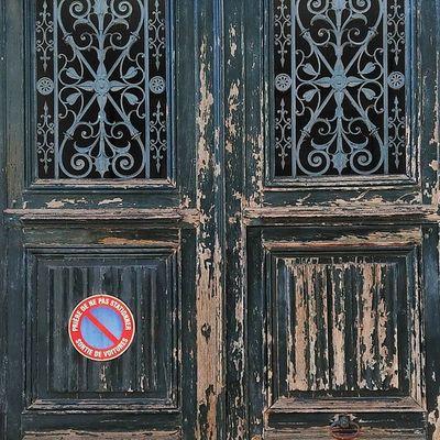 Je me suis juste arrêté regarder... Saint fardeau Porte Ferronnerie Architecturerurale yonnetourisme yonne grainedenature