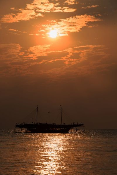 HairilSaleh Photography Sunset Sea And Sky Boat INDONESIA