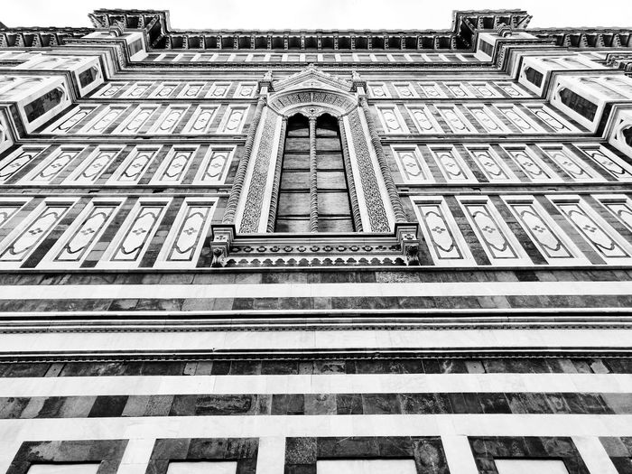 Simmetry Cathedral Simmetry Simmetrical Blackandwhite Black And White Duomo Firenze Duomo Di Firenze Art Architecture Full Frame Backgrounds City Pattern Architecture