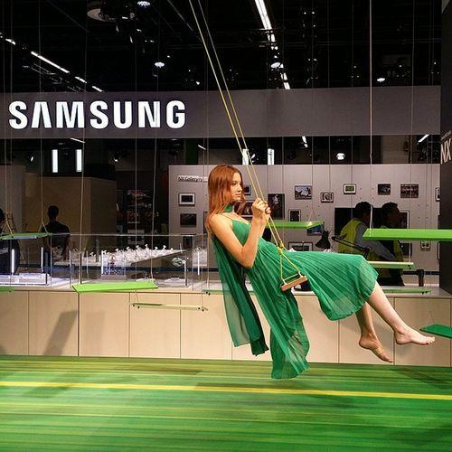 Einfach mal hängen lassen Samsung Photokina Grün Cologne