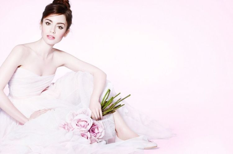 Lily Collins Lilycollins Model Actress Beautiful Pink Taking Photos Gorgeous Roses Fashion Popular Photos