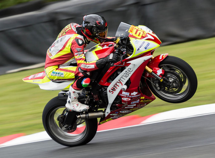 BSB Oulton Park 2015 Bike Helnet Motion Motorcycle Racing Racing Bike Speed Sport Superbike Wheele Capturing Motion