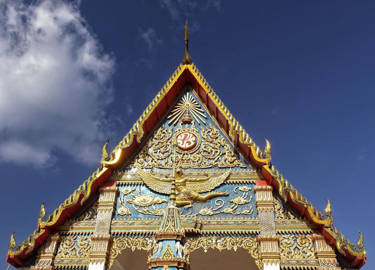 Triangle Shape Architecture Religion History Statue No People Travel Destinations Built Structure Gold Sky Outdoors Buddhism Buddhist Temple Buddha Buddhist Temple In Thailand