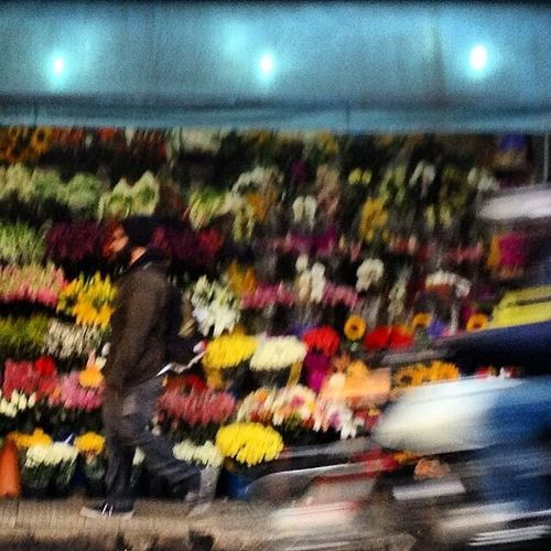 Blurred Motion Speed Real People Flowers Streetphotography Citylife Slow Life Motion Colors Saopaulo Brasil