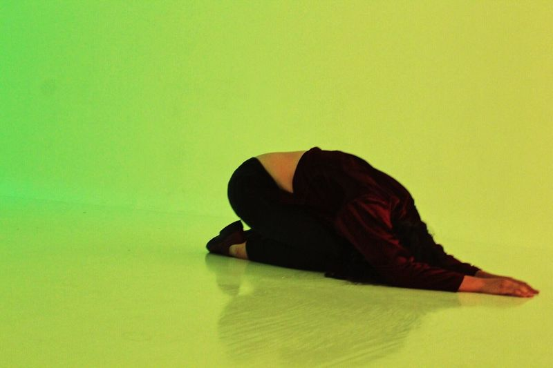 Limonada One Person Woman Art Modern Art Contemporary Green Green Green Green!  Light Greenlight Bow Dance Portrait Full Length Young Adult Contrast Contrasting Colors Cool Modern Minimalism Minimal Simplicity Canon Canonphotography