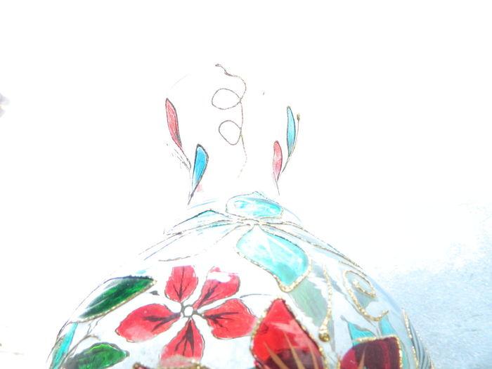 Abstract Flowerpot Overexposed Highkeylighting Curve Design Kolhapurscenes Kolhapurdairies OldMemories Beginnings Experimenting... Flowers