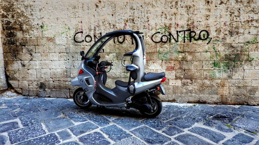 Favourite mode of transport in Italy Close-up Day Land Vehicle Mode Of Transport Mopeds No People Outdoors Parked Parking Stationary Transportation