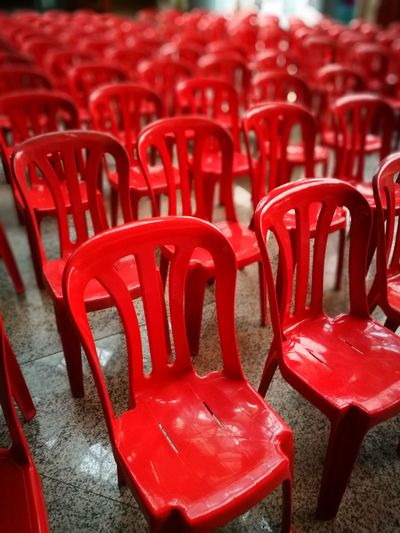 empty Press Conference Red Plastic Recycle Presentation Empty Interior Hall Briefing Campaign Talk Debates Meeting Parents Teachers Kindergarten School Community Neighborhood Extraordinary  Annual General Meeting Meeting Stage Show Performance Singing Chair Communication Business Finance And Industry Close-up