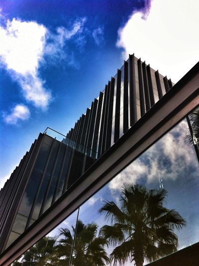 Dos puntas by nestor mora Arquitecture Sky Clouds And Sky iphone4+Snapseed