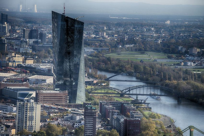 City EZB Frankfurt Hochhäuser Skyline Architecture Bridge - Man Made Structure Building Exterior Built Structure Chain Bridge City Cityscape Connection Day High Angle View Nature No People Outdoors River Sky Water