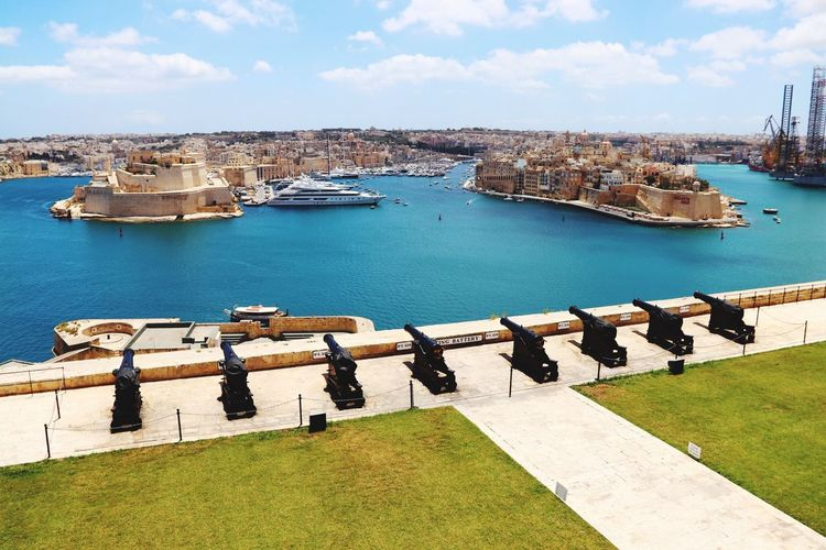 View over Vallettas Harbour from Saluting Battery Architecture Postcard Sightseeing Travel Destinations EyeEm Best Shots EyeEmNewHere Eyemphotography Beautyful Day Canon Sea Ships Saluting Battery Valletta,Malta Maltaphotography Malta View From Above Harbour Harbor