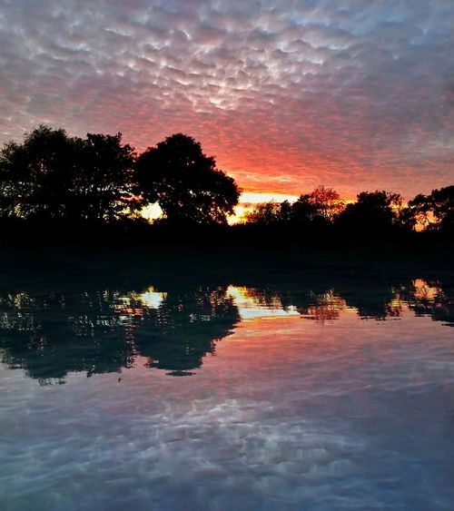 Mackerel Sky Sunset River Collection Water_collection EyeEm Best Shots Eye4photography  EyeEm Nature Lover Exceptional Photographs EyeEm Masterclass England 🌹 Worcester Colour Of Life Landscape Dramatic Sky Mirror Reflection Romantic Sky Sky Scape No People Tranquility Dreaming Reflection Water Reflections A River Runs Through It