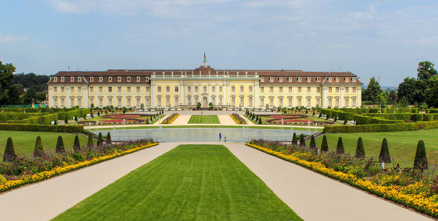 Schloss Ludwigsburg Panorama Baden-Württemberg  Ludwigsburg Panorama Panoramic View Architecture Blühendes Barock Building Building Exterior Built Structure Façade Formal Garden Garden Grass Green Color History Mansion Nature Outdoors Palace Plant Schloss Ludwigsburg The Past Travel Destinations