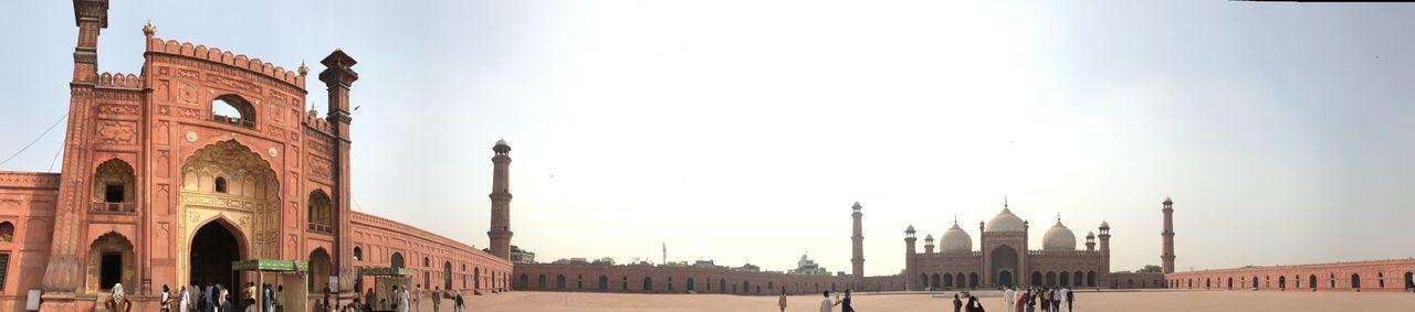 Badshahi Masjid Lahore EyeEm Selects Architecture Built Structure Building Exterior Sky History Travel Destinations
