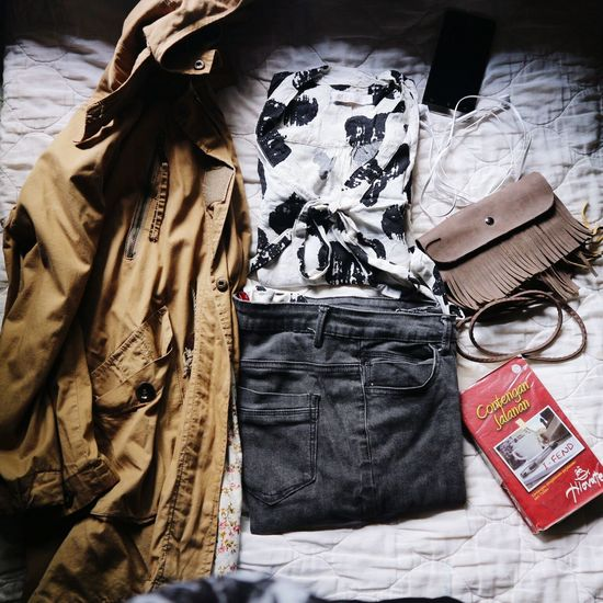 My travel starter pack 😘 Bag Close-up Clothing Neat Hijab LiveYourLife Canonphotography Lifestyle Photography Simple Elegance Casualstyle Casualwear