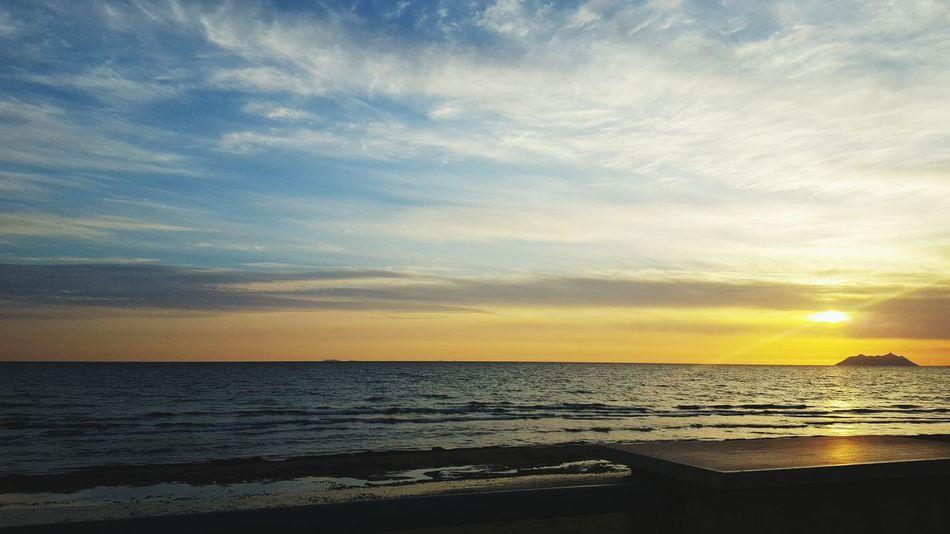 Tramonto.. Sea Beach Sperlonga Effettifotografici Sky Tranquility Nature Horizon Over Water😍❤ Romantic Sky Love ❤ Sunset Water Sand Beauty In Nature Outdoors Scenics No People Day