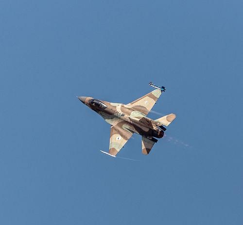 Airplane Airshow Aviation Blue Blue Sky Clear Sky Day F-16 Fighting Falcon Flight Flying General Dynamics IAF Israeli Air Force Mid-air Motion Sky