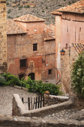 Albarracin, Teruel. An arab founded village in Spain ©alexander h. schulz Albarracín Green Pink Red SPAIN Teruel Arab Architecture Building Exterior Built Structure Day Historic Mountains No People Outdoors Stone Tiles Travel Destinations Village