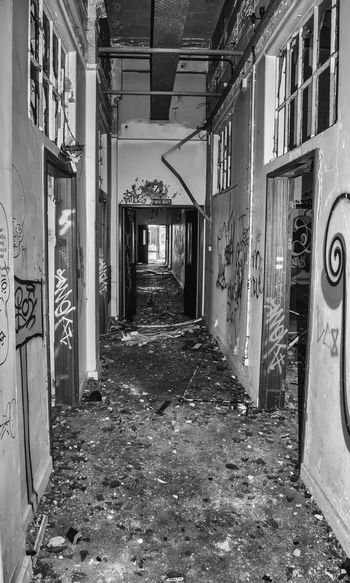 Urban exploration. The Way Forward Indoors  Architecture No People Blackandwhitephotography Blackandwhite Abandoned Buildings Abandoned Urbexjunkies Urbex Southsea Portsmouth England Hampshire