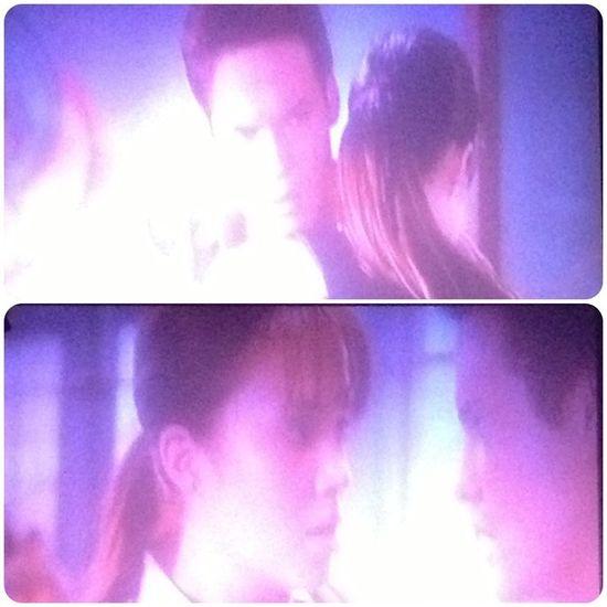landon hug me instead!! A Walk to Remember (2002) Watching A Movie Feelings