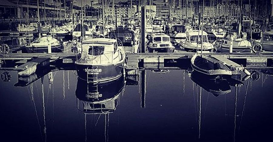 Suttonharbour Britansoceancity Plymouthwaterfront Plymouthbarbican Harbour Reflection Blackandwhite Blackandwhitephotography Bandwphotography Photogrphylife Photographylovers Nikon Nikonphotography Swisbest Devon Plymouthdevon Plymouth Lifethroughalens Instalike Daily_photoz Reflection Waterreflection Boats Yatch Nikond3200