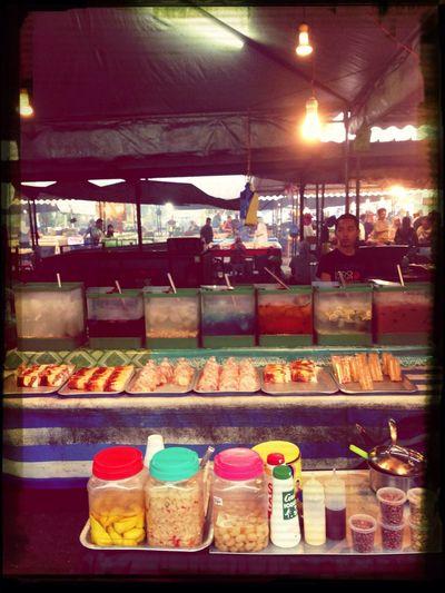 United colours of air manis. BruneiBrunei Gadong  Nightmarket
