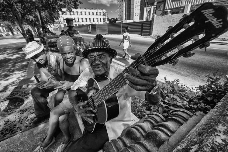 Memphis in Havana Black & White Cuba Cuba Collection Old Man Blackandwhite Cuban Life Musician Streetmusician Streetphoto_bw Streetphotography Black And White Friday EyeEmNewHere Be. Ready. EyeEm Ready   An Eye For Travel The Street Photographer - 2018 EyeEm Awards