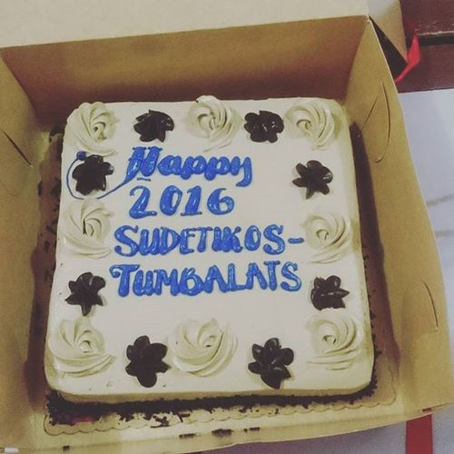 HAPPY 2016 SUNDETIKOS TUMBALATS. Awesome Wreck Fun Night. *** Typographical Error for the cake, the N in Sundetikos is missing.*** 😄😁😍😘👍👌🎉🎆🍻🍴😂Exchangegift Welcomebackjez Epicgrandentranceofjez Surprise Condoms SingingAllTheWay PlainHappiness Happynewyear Friendsforkeeps 01112016