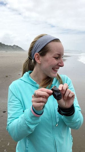 My very first time at the ocean 🌊 I even found a seashell which obviously made me very happy! Lincoln City, Oregon Love The Beach My favorite place Memories Travel Photography Tranquility First Time Seeing The Ocean Sandy Toes Waves Crashing Oregon Coast EyeEm Selects One Person Real People Leisure Activity Lifestyles Front View Land Beach Nature Water Casual Clothing Cloud - Sky