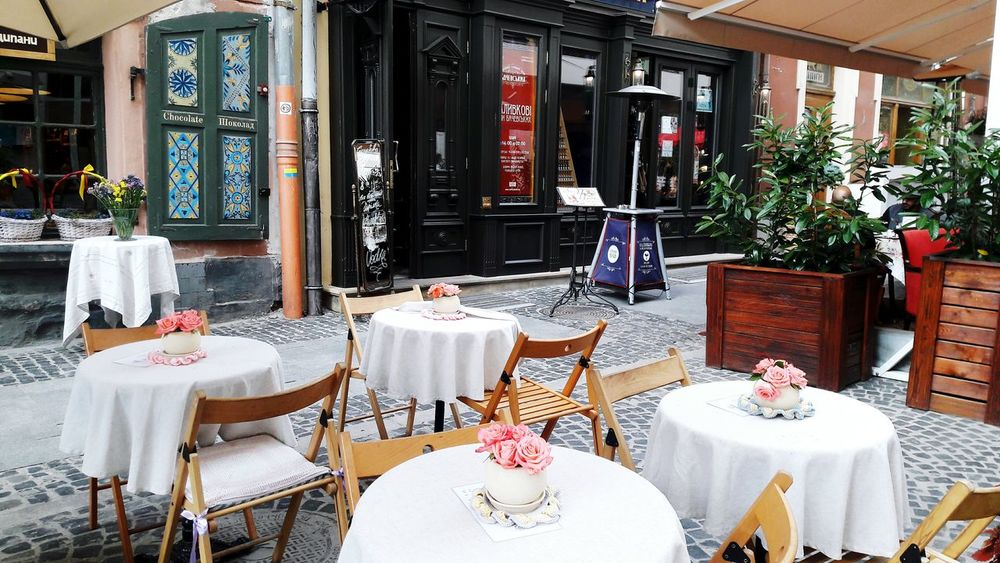 City life Chair Table Luxury Flower Indoors  No People Architecture Sunny Relax Cafe Cafe Time Love Flowers Pinkflowers Pink Roses Old Town City Life Style Summer Mood Summer Moments Summer Morning Restorant