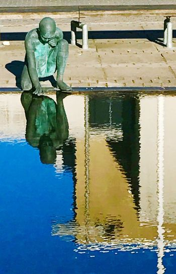 Waysofseeing Reflection Water Statue Sculpture Waterfront Day Outdoors Breathing Space Low Angle View Summertime EyeEm Best Shots Iponeonly Hello World Let's Go. Together. Travel Destinations Sommergefühle EyeEmBestPics EyeEm From My Point Of View August Architecture City The Week On EyeEm Love Yourself This Is Aging Visual Creativity