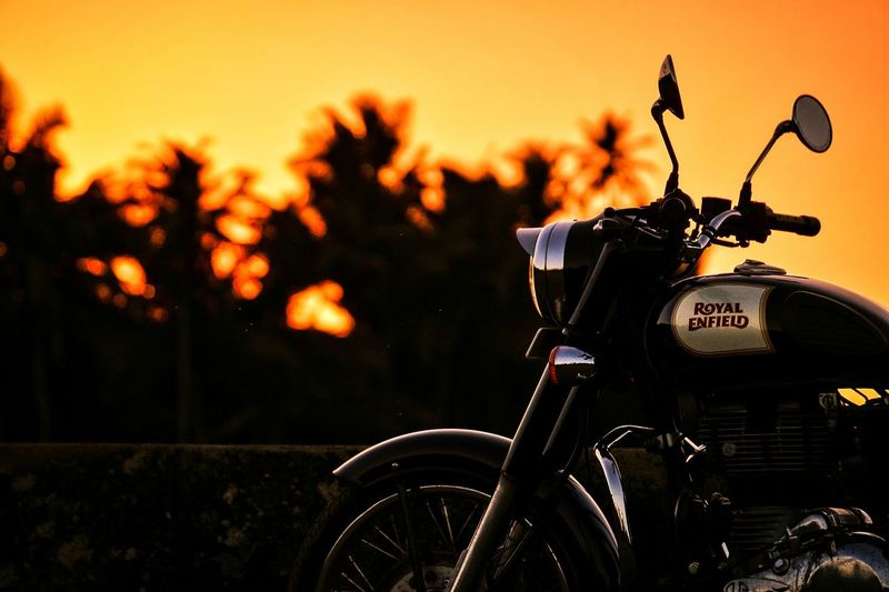 Bullet: A soulmate. ❤️ Sky Nature Skyporn Love Goa Evening Sunset Beautiful EyeEmNewHere Bokeh Bokeh Photography Bokeh Background Moody Moodygrams Colours Colour Goa India Royalenfield Classic 350