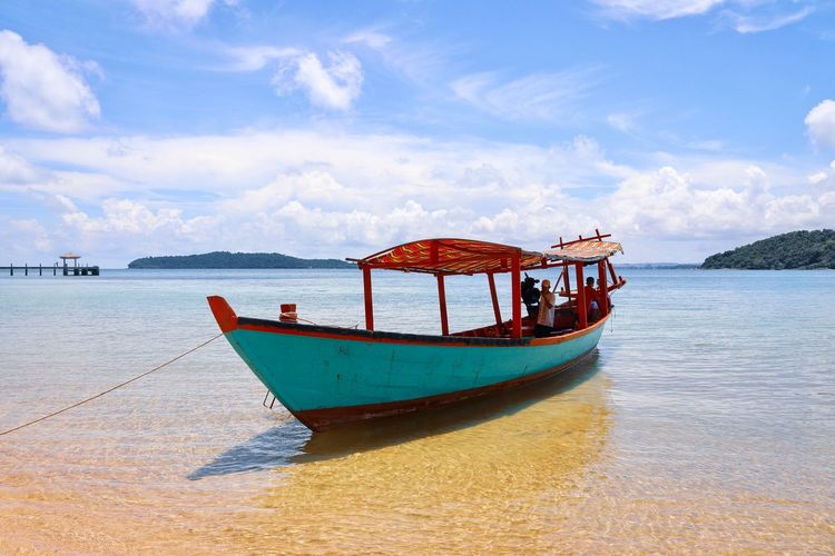 Boat Sun Island Cambodia Paradise Paradise Beach Sea Nautical Vessel Water Transportation Mode Of Transportation Sky Sea Cloud - Sky Nature Day Beach Travel Land Beauty In Nature Moored No People Scenics - Nature Outdoors Waterfront Tranquility Fishing Boat
