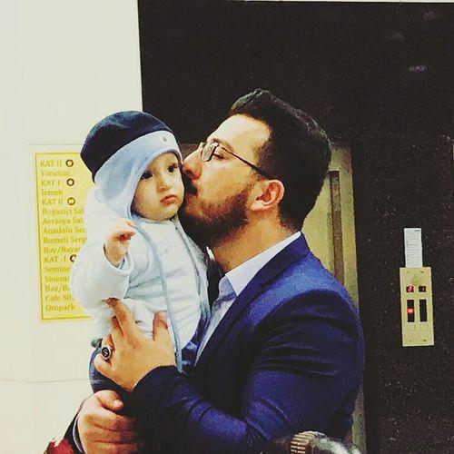 Bebekler en masum canlılardır Bayb Turkey Togetherness Love Men Mid Adult Men Adult Mid Adult Family With One Child