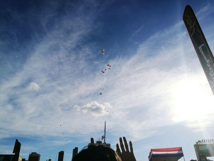Cloud - Sky Outdoors Sky Balloons🎈 Low Angle View Flying Balloons Dakar Dakar 2017 Dakar Paraguay Asunción Paraguay