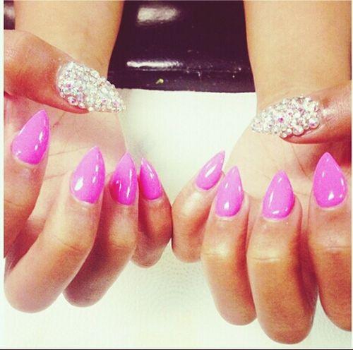 Something Neww ; Not sure iif I Liikem Doe . . . ❤❤❤ Pretty I Love My Nails <3 New Nails :)  Fancy & Stylish Nails