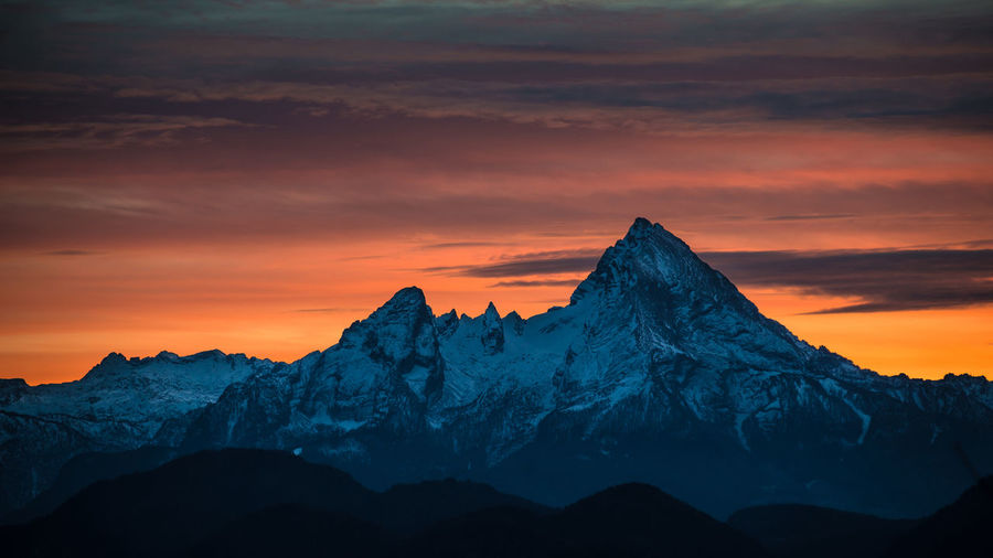 watzmann sunset Backgrounds Beauty In Nature Cloud - Sky Cold Temperature Landscape Morning Mountain Mountain Peak Mountain Range Nature New Night No People Outdoors Scenics Sky Snow Snowcapped Mountain Sunset Travel Destinations Winter