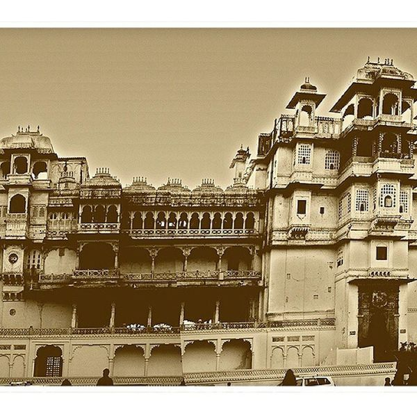 Ultrawide stitched panorama, Udaipur city palace, Ig_india Incredible India Repostindia Traveldairies udaipur_dairies udaipurCityBlog