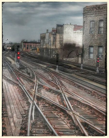 Brown Lines - riding the El Architecture Building Exterior Chicago Chicago El Chicago Train City Commuter Train Outdoors Railroad Track Neighborhood Map The Street Photographer - 2017 EyeEm Awards The Architect - 2017 EyeEm Awards