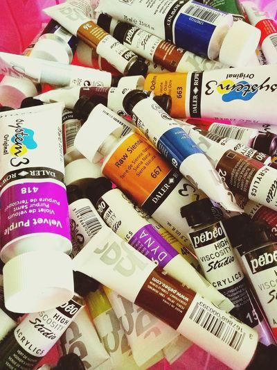Current obsession: paint tubes. Somaterialisticattimes Geniunelysorryformyconsumeristimpulses Shallstartmakingartsoon Art Paint Painting Rainbows